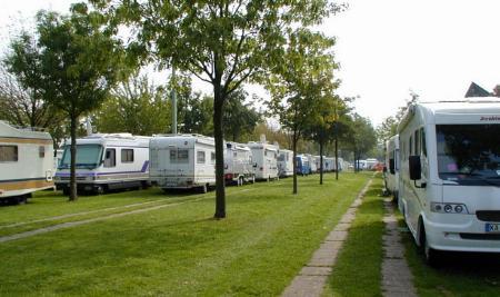 D 40001 Düsseldorf Wohnmobilstellplatz Messegelände Caravan